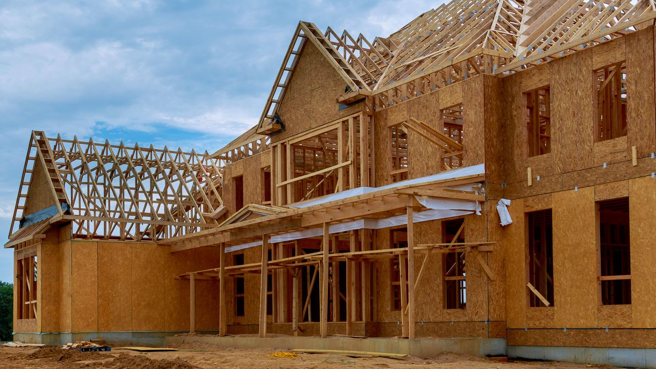 Lumber Prices Have Skyrocketed And That S Bad News For Home Buyers Marketwatch