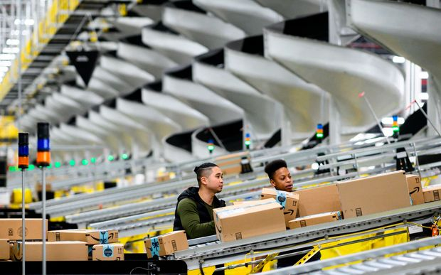 Amazon Reaches 1 Million Workers Amid Pandemic Hiring Frenzy Marketwatch