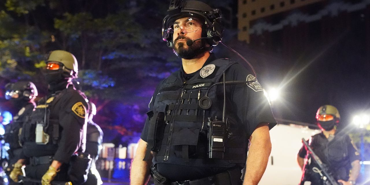 Here S How Police Unions Aren T Like The Rest Of The Labor Movement Marketwatch