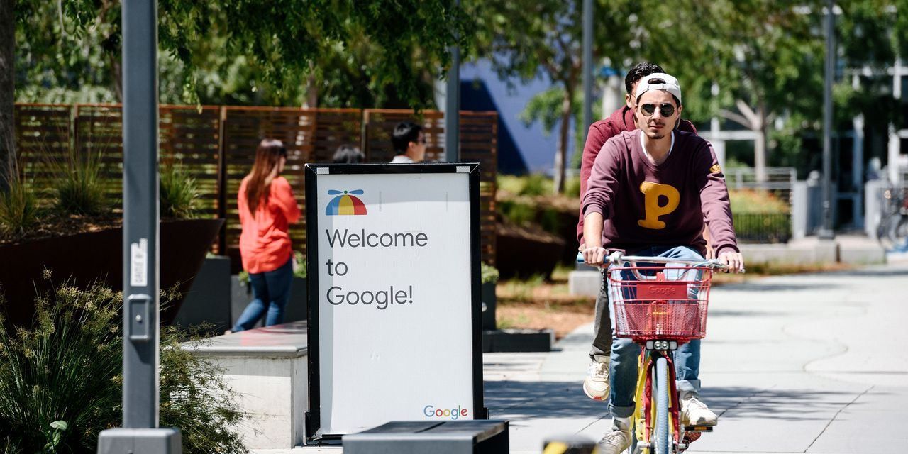 Google will cover $2,500 of employees' student-loan debt