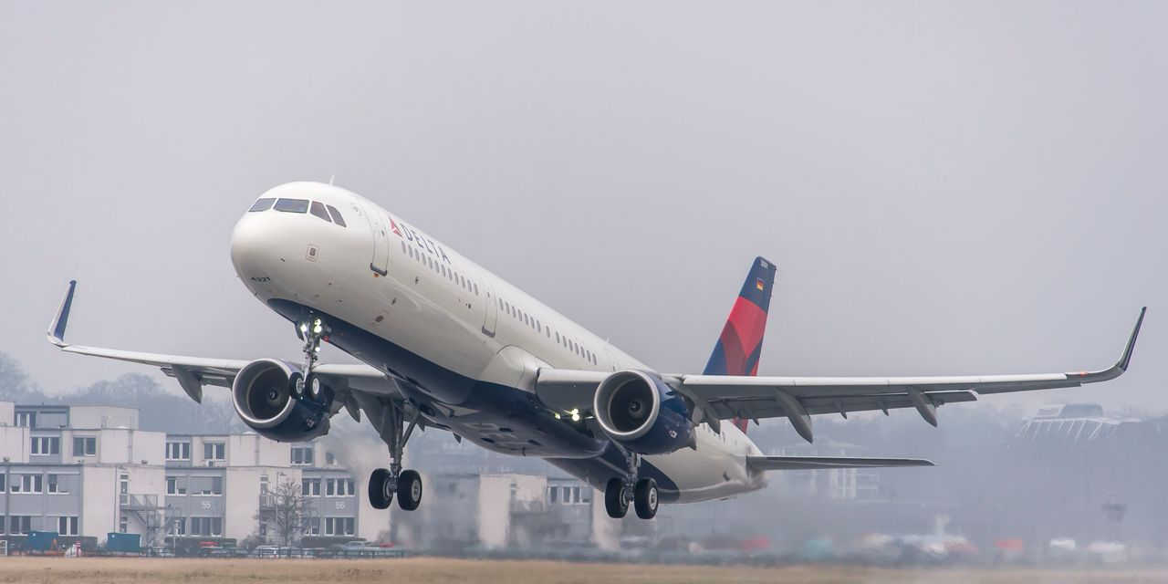 Image of article 'American Airlines downgrade, Delta's weak third quarter weigh on airline stocks'