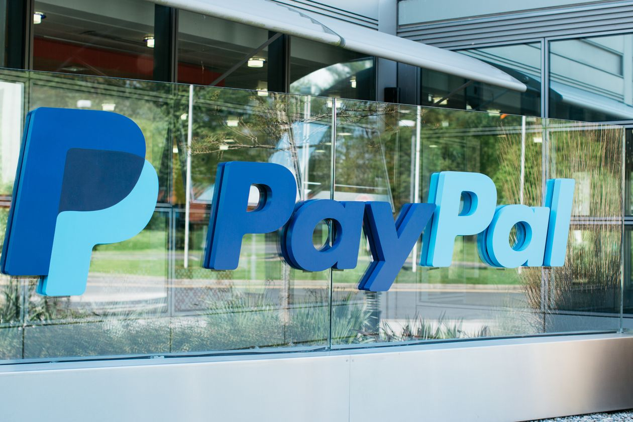 PayPal will let customers buy cryptocurrencies and use them to shop online