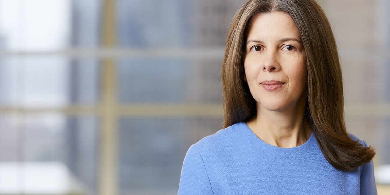 Here's why women fund managers regularly outperform men, based on newer research