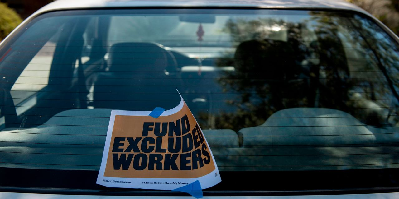 U.S. jobless benefit claims sink 48,000 during election week to pandemic low of 709,000