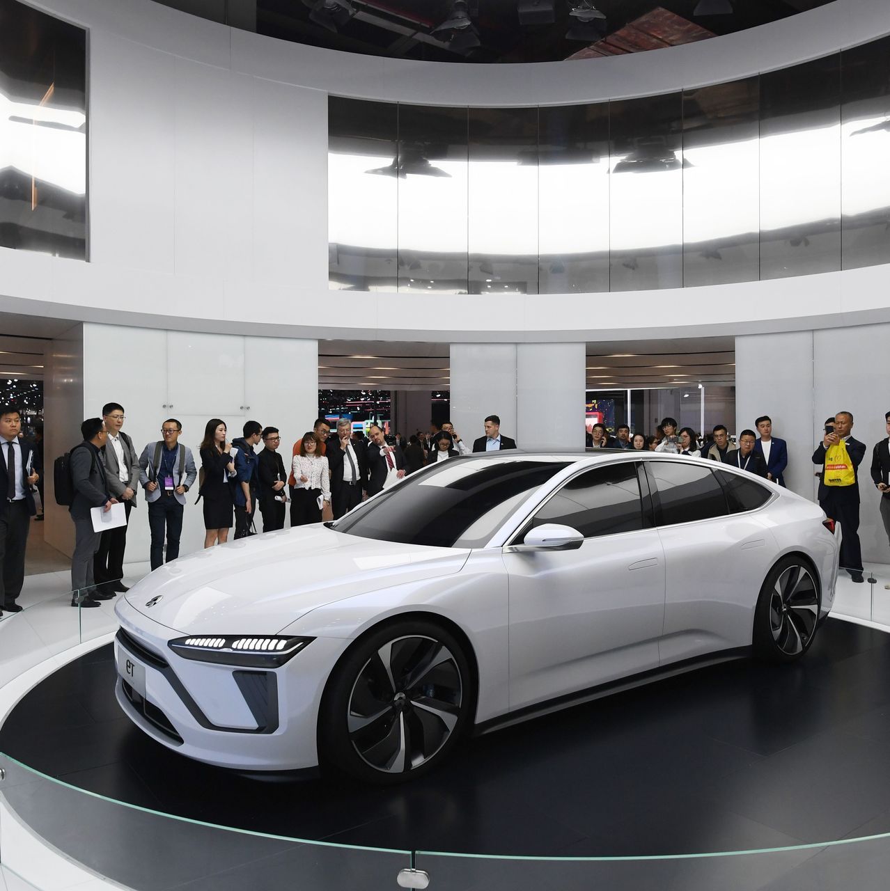 Nio S Quarterly Loss Narrows More Than Expected But Stock Swings To Losses Marketwatch