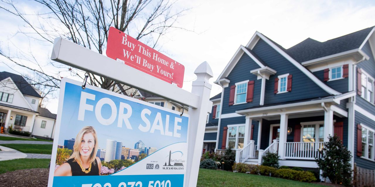 U.S. home prices surge to 6-year high in September, Case-Shiller index shows