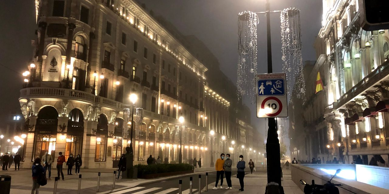 To slow down a killer virus, Spain breaks with decades-old Christmas traditions