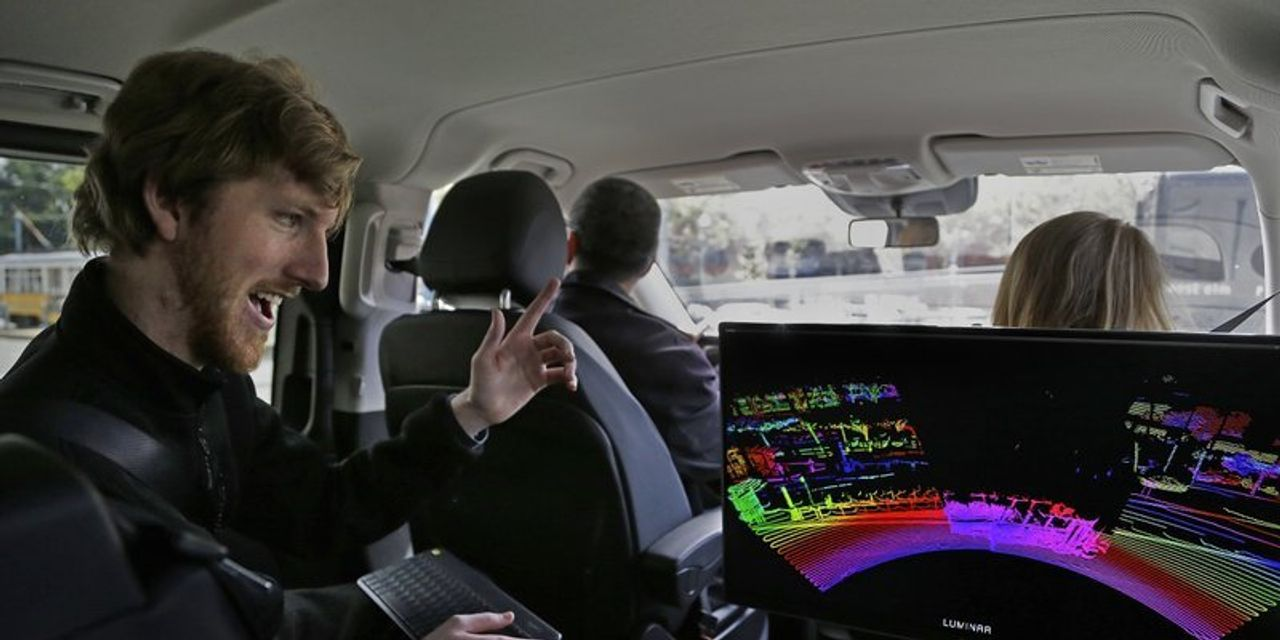 This 25-year-old is now a billionaire, after his self-driving car company Luminar went public