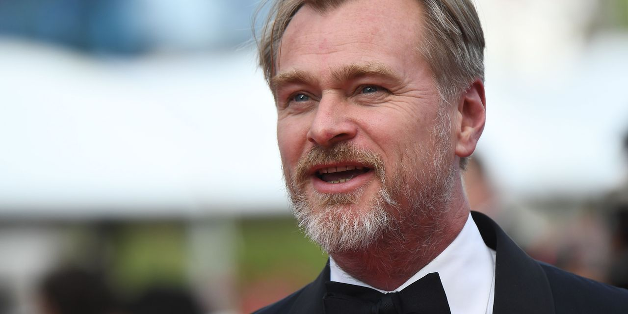 Image of article 'Christopher Nolan says Warner Bros. streaming shakeup 'makes no economic sense,' rips HBO Max as 'the worst streaming service'