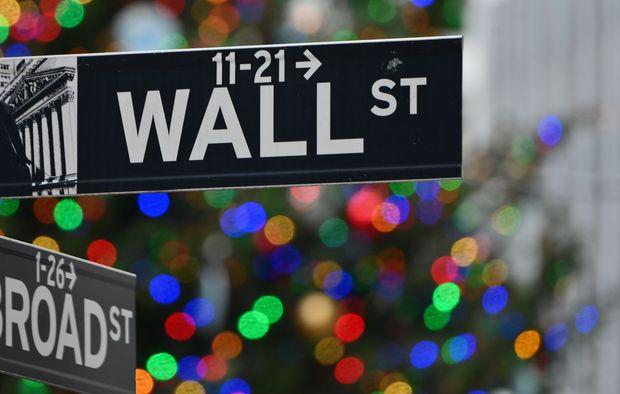 U.S. stock futures flat as 2021 trading kicks off ...