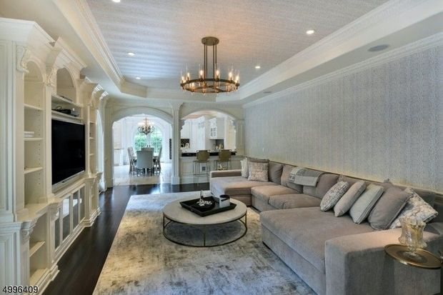 'Real Housewives of New Jersey' star Melissa Gorga finally sold her 'Scarface' inspired mansion for $2.5 million 3