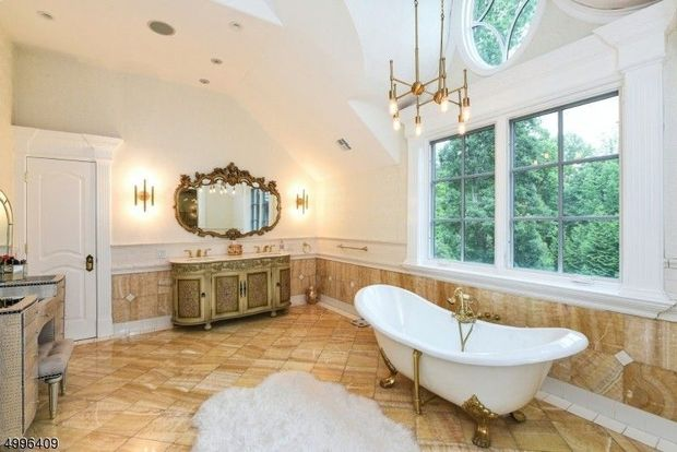 'Real Housewives of New Jersey' star Melissa Gorga finally sold her 'Scarface' inspired mansion for $2.5 million 10