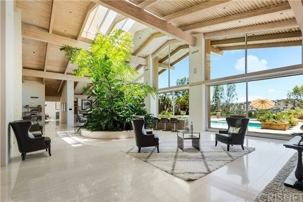 Rapper French Montana bought another home in Hidden Hills for $8.4 million 4