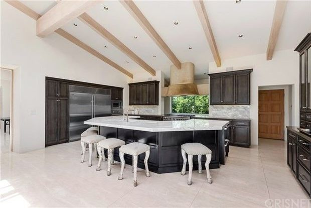 Rapper French Montana bought another home in Hidden Hills for $8.4 million 6