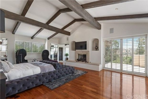 Rapper French Montana bought another home in Hidden Hills for $8.4 million 7