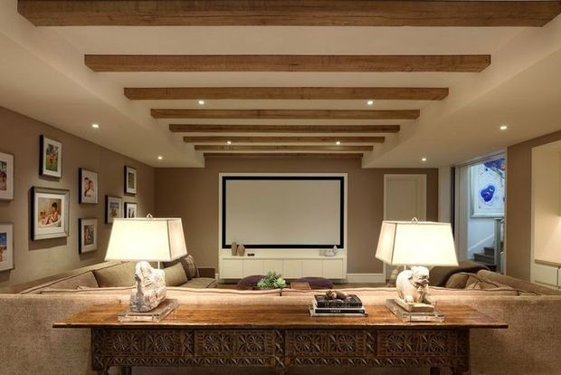Take a look inside Tom Brady and Gisele Bundchen's Massachusetts mansion 6