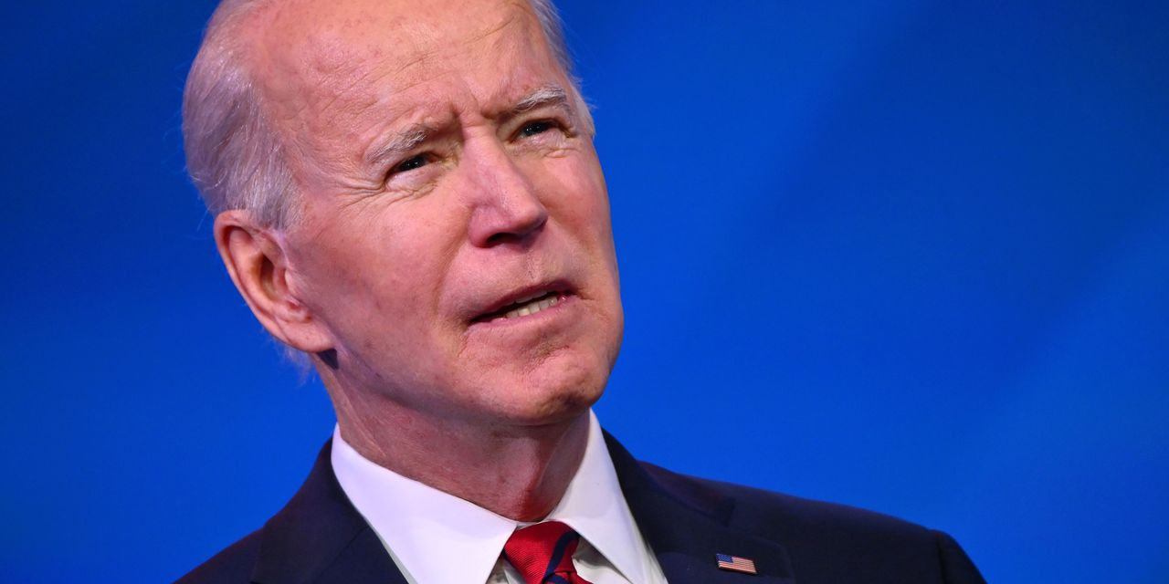 Biden promises 100 federal vaccination centers by end of his first month in office