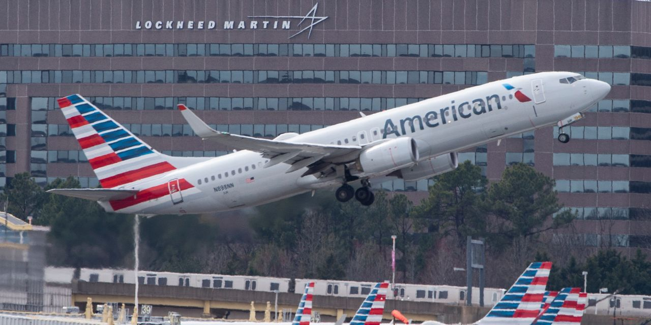 American Airlines stock soars after Q4 results but is 'dislocating with fundamentals' analyst says – MarketWatch