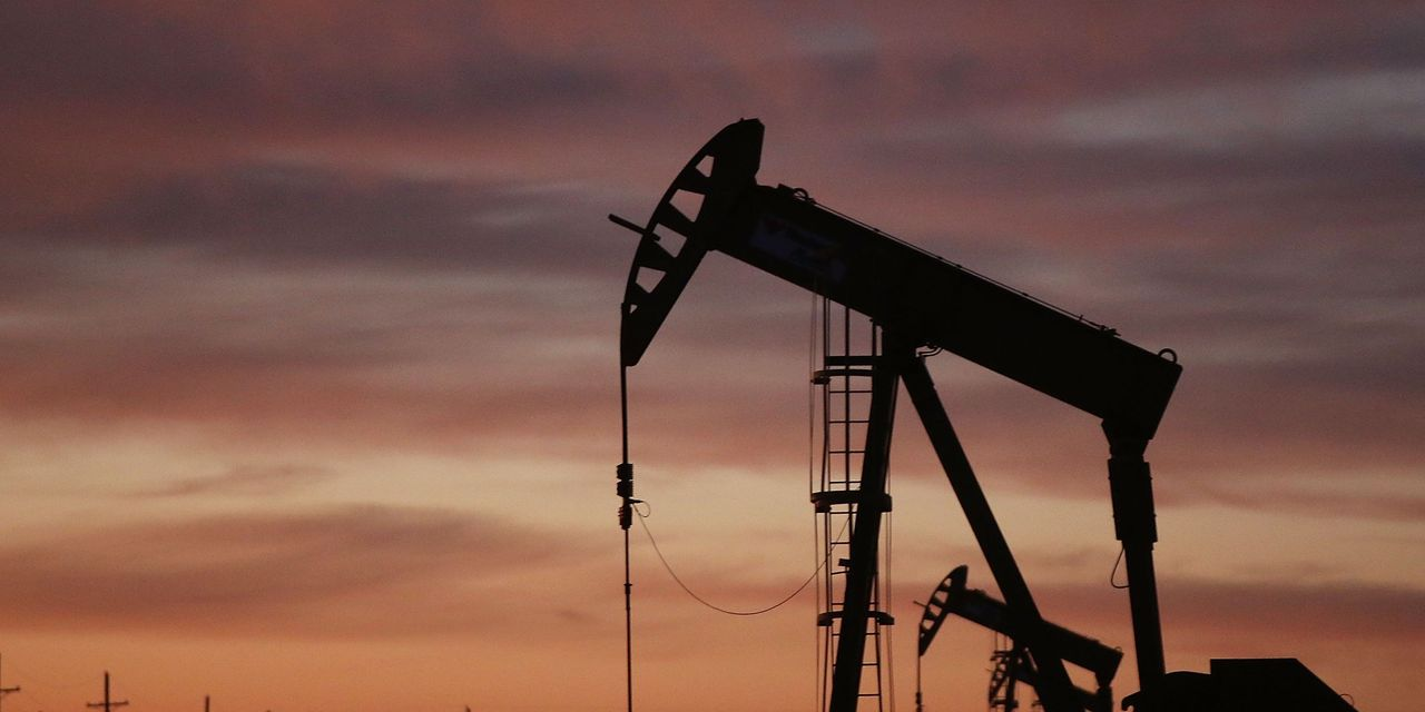 Oil prices gain as traders mull demand cues, supply prospects