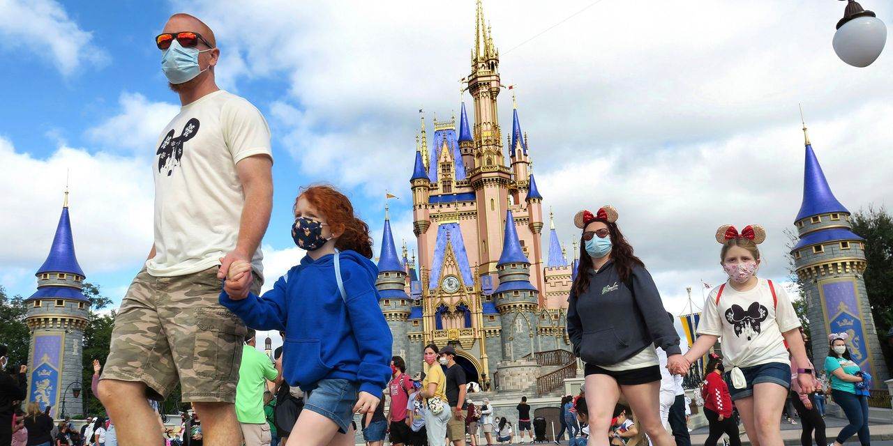 Walt Disney World stops requiring visitors to wear face masks outdoors
