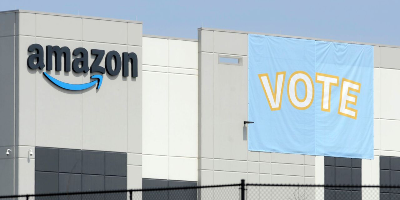 Amazon workers defeat union effort at Alabama warehouse