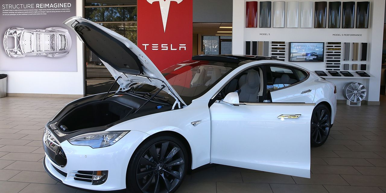 Tesla stock gets a price target boost ahead of earnings, as Mizuho analyst is upbeat on deliveries outlook