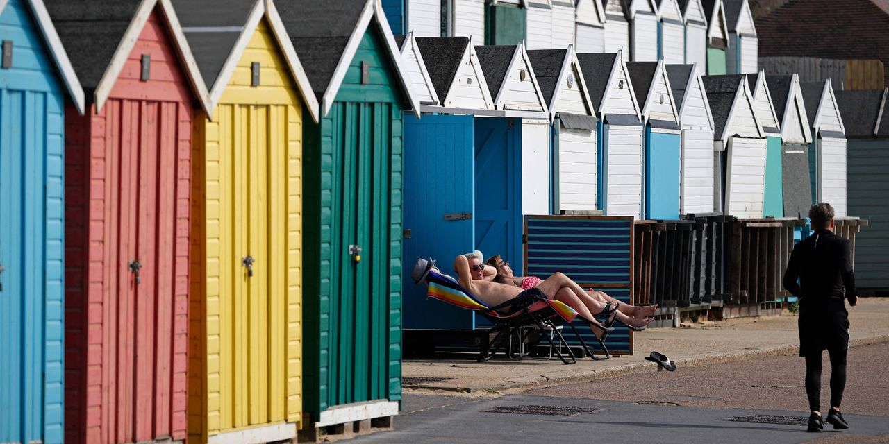 How tiny 'beach huts' became the hottest commodity in British real estate