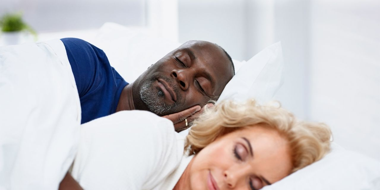 3 reasons to sleep more: avoid dementia, have great sex and become a better investor