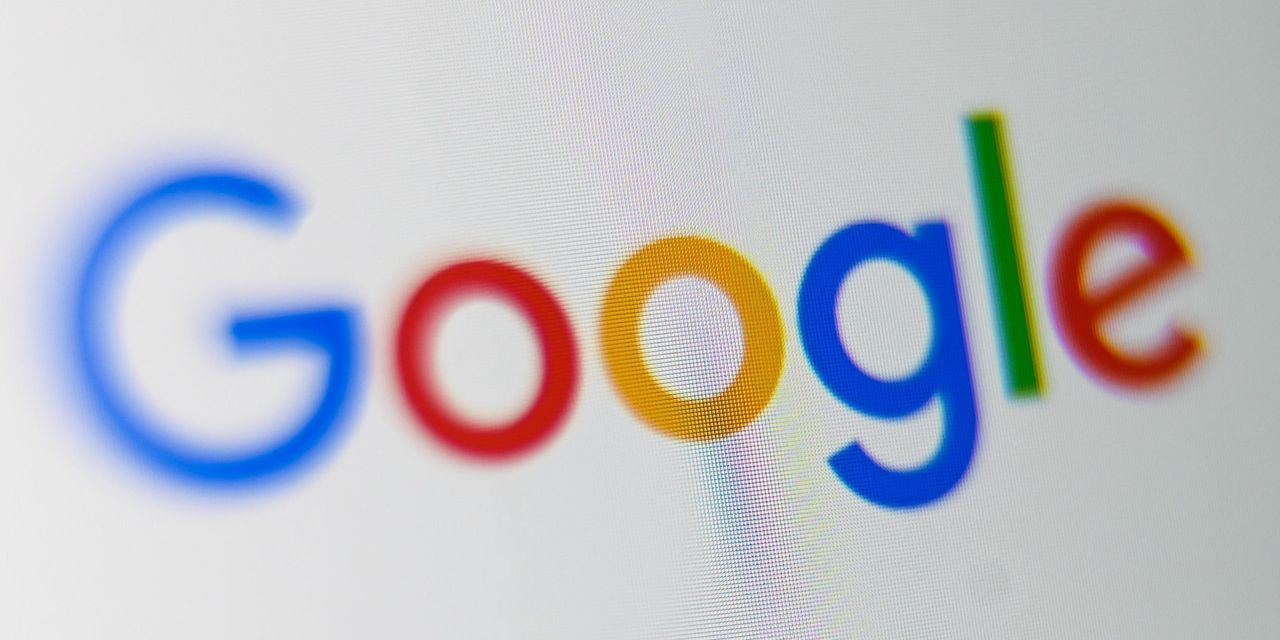 Facing antitrust bull's-eye, Google stock still at record highs because ad sales are sizzling