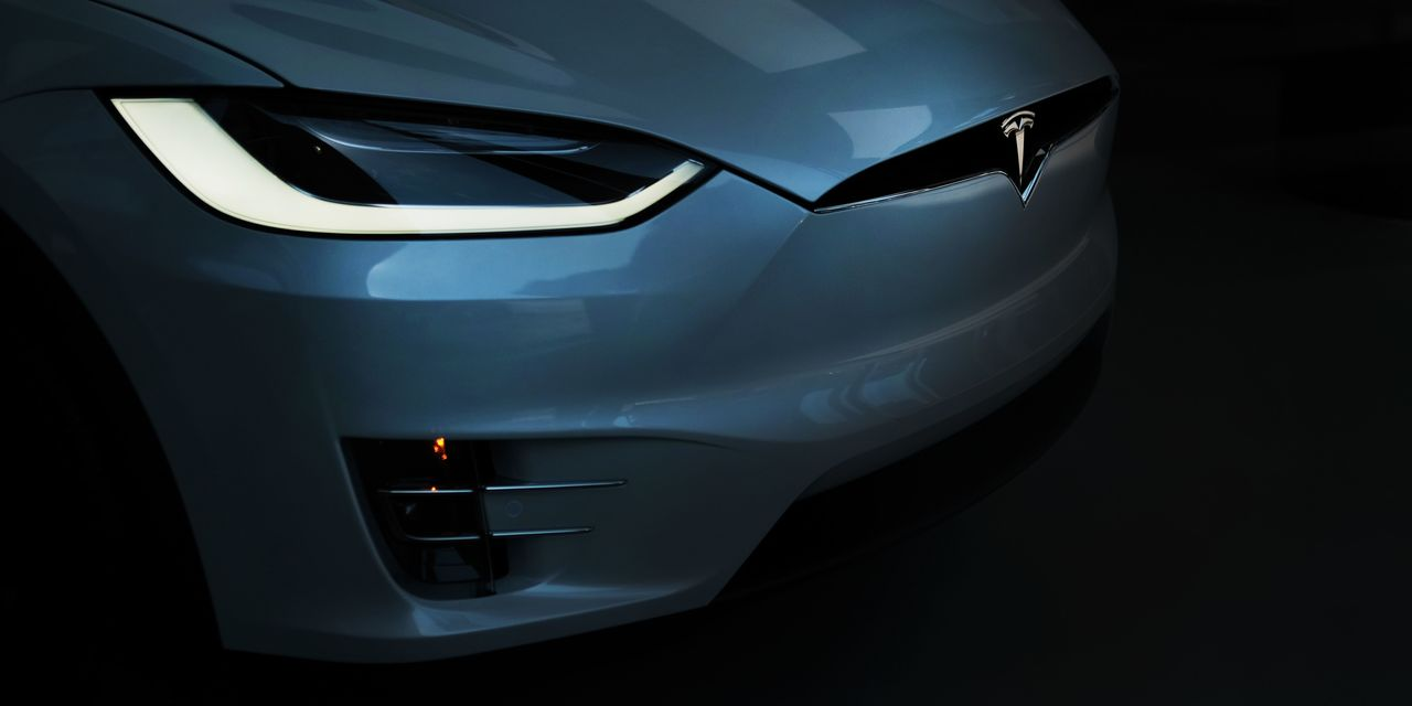 A Tesla 'death cross' is coming, the first in more than 2 years