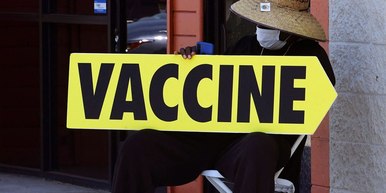 Opinion: More employers should mandate COVID-19 vaccines for workers — for the health of their business