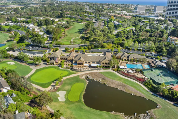 It's happening: Young people are moving to golf communities 5