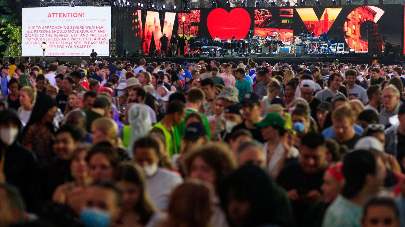 Opinion: New York's 'Homecoming' concert was a washout. Is this a metaphor for the city's recovery from the pandemic?