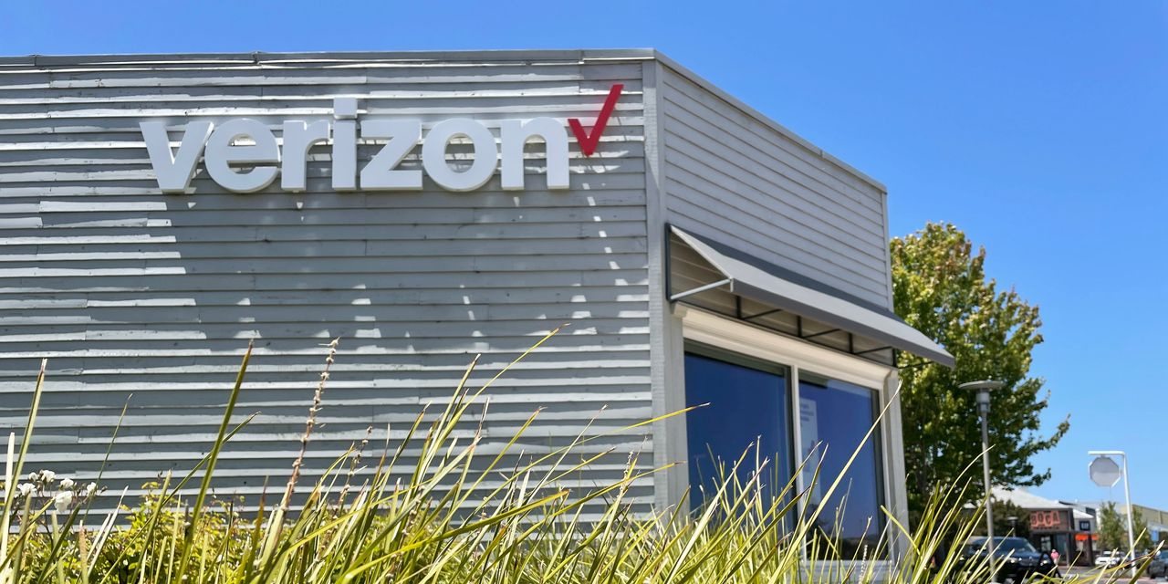 Verizon profit tops expectations, broadband continues to see growth
