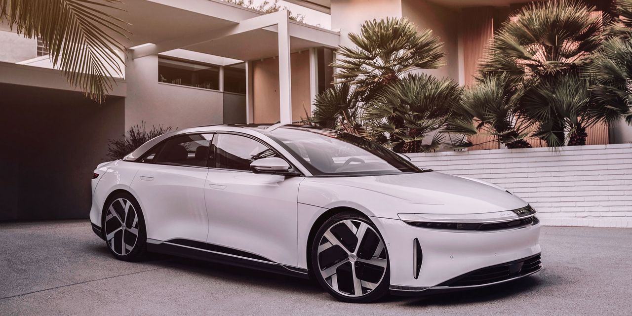 Lucid is the 'Tesla/Ferrari' of electric vehicles, B. of A. says
